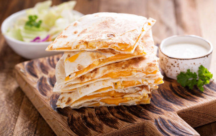 Quesadillas With Cheddar and Chicken With Sauce
